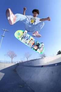 Young teen boy in mid air skateboarding. Dealing with anxiety is stressful to teens as they complete school and tests. Often procrastination and teens with anxiety in illinois mix. Get support by reading my blog or begin online anxiety counseling for teens today!